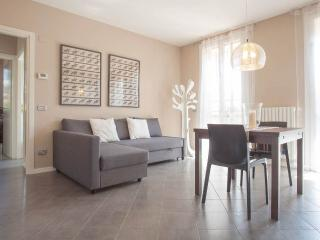 Corte D'Arnò - Bilocale con giardino - Garda vacation rentals