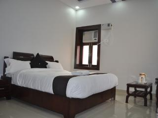 Adorable 27 bedroom Haridwar Resort with Internet Access - Haridwar vacation rentals
