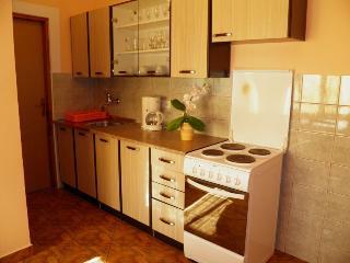 MARINKO (DUJMOVIC ZELJKA)(1354-3531) - Draga Bascanska vacation rentals