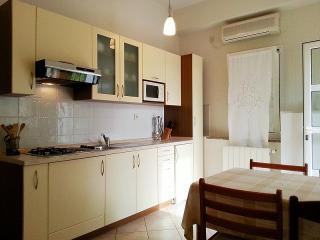 Ladonja(1408-5662) - Mali Maj vacation rentals