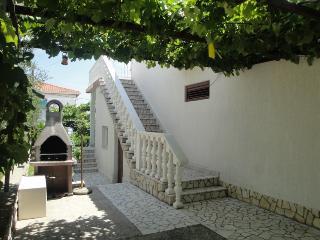 IVKIC MARA(2112-5408) - Island Krk vacation rentals