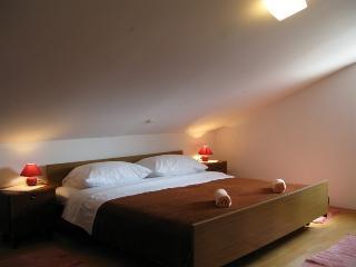 KATICA M.(420-6041) - Kampor vacation rentals