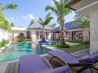 Deluxe Seminyak Villa with Private Pool and Garden - Seminyak vacation rentals