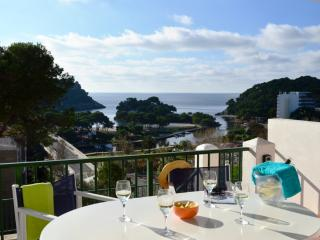 Beautiful Apartment with A/C and Satellite Or Cable TV in Cala Galdana - Cala Galdana vacation rentals