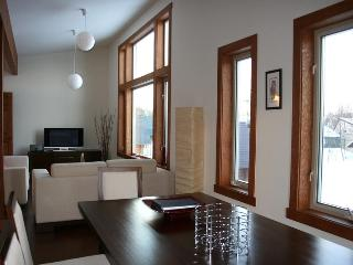 3Bed/2Bath Townhouse with views of Mount Yotei - London vacation rentals