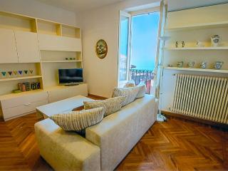 Luxury Apartment La Plaza - Bellagio vacation rentals
