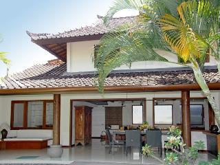 Villa Surin, stunning renovation in progress. - Legian vacation rentals