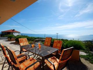 3* 4+2 Apartment Smile Podstrana 100 square meters - Podstrana vacation rentals