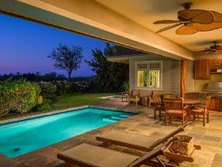 "Hokulani - Contemporary single story island house on  Hawaii's ""Gold Coast"", with private pool & spa - Mauna Lani vacation rentals"