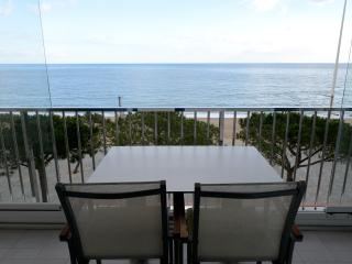 Waterfront flat in Platja de Aro, Costa Brava - Platja d'Aro vacation rentals