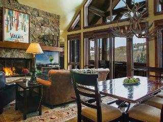 Snowcloud Lodge 8 - Bachelor Gulch- Ski in/Ski out & luxurious amenities access - Beaver Creek vacation rentals