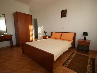 Apartments StellaMaris.Me Double Room - Donji Stoj vacation rentals