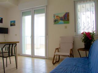 Large sea view terrace - Panorama 5 - Lido di Jesolo vacation rentals
