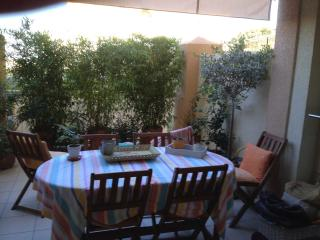 Cozy 2 bedroom Ile Rousse Condo with Internet Access - Ile Rousse vacation rentals