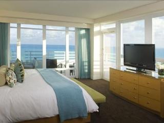 Fontainebleau Hotel - jr. site condotel - Miami Beach vacation rentals