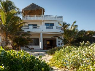 Villa Saskal, Here comes the sun - El Cuyo vacation rentals