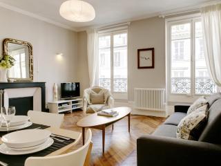 MARAIS PRESTIGE VI : 2 Bedrooms 1 Bathroom - 11th Arrondissement Popincourt vacation rentals