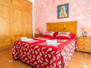 3 bedroom Chalet with Internet Access in Nerja - Nerja vacation rentals