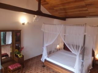 4 poster bed suites - Kandy vacation rentals