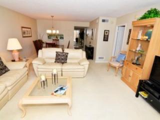 Living - Gulfside Mid-Rise Unit 701D - Siesta Key - rentals