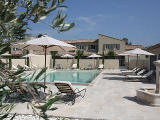 LS1-189 OUSTAU DOU SOULEU in Alpilles Natural Park - Aureille vacation rentals