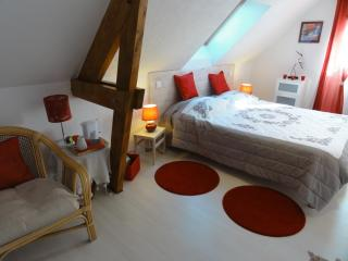 Nice Guest house with Internet Access and Television - La Mailleraye-sur-Seine vacation rentals