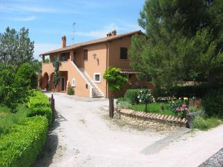 Casa Vacanze Il Pozzo - Appartamento Glicine - Lugnano in Teverina vacation rentals