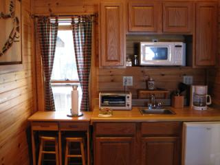 Comfortable Cottage with Deck and Internet Access - Valle Crucis vacation rentals