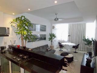 Luxury Apartment between Copacabana and Ipanema - Rio de Janeiro vacation rentals