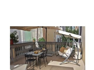 2 bedroom Condo with A/C in Pietrasanta - Pietrasanta vacation rentals