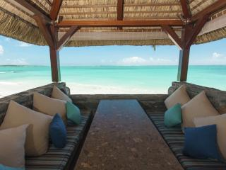 Cozy 3 bedroom Belle Mare House with Internet Access - Belle Mare vacation rentals