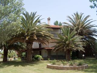 Nice 3 bedroom Fourka Villa with A/C - Fourka vacation rentals