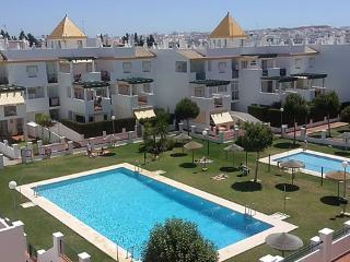 Ref. 189. Apartment with communal pool in Conil - Conil de la Frontera vacation rentals