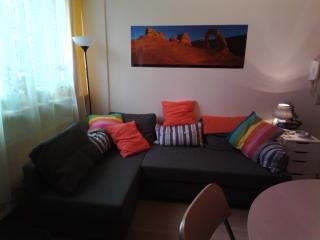 Petit appartement tout confort à Bruxelles - Auderghem vacation rentals