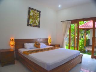 Two Bedrooms house - K'ubud house - Ubud vacation rentals