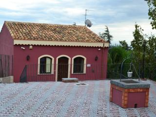 Nice House with Internet Access and A/C - Sant'Alfio vacation rentals