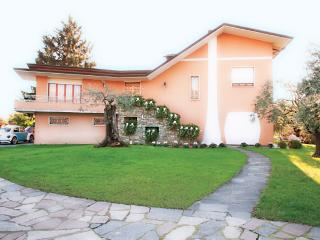 1 bedroom Condo with Internet Access in Castelnuovo Magra - Castelnuovo Magra vacation rentals