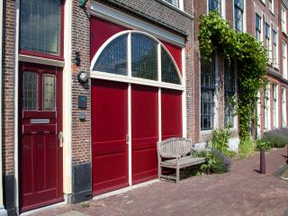 Rembrandt apartment city center Leiden - Leiden vacation rentals