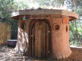 Grass-Roofed Hobbit Hut - Geyserville vacation rentals