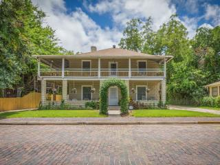 Historic Downtown Vacation Rental - Oviedo House - Saint Augustine vacation rentals
