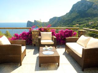 Luxury villa with garden, pool and sea view - Massa Lubrense vacation rentals