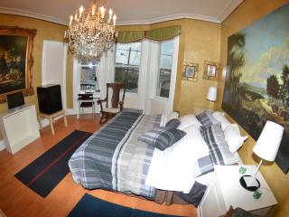 FURNISHED APARTMENT NEAR NEW YORK CITY - Greater New York Area vacation rentals