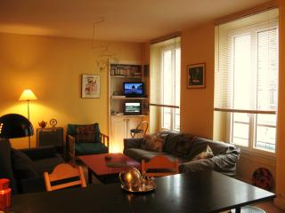 IN A LITTLE PRIVATE STREET near Bastille & Marais - Paris vacation rentals