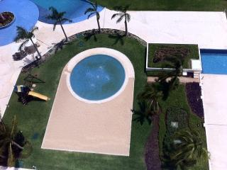 Lovely 2 bedroom Apartment in Playa Mujeres - Playa Mujeres vacation rentals