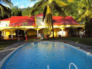Hibiscus - Pointe-Noire vacation rentals