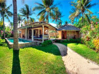Les Villas Ottalia - 2 bedroom Deluxe - Gili Trawangan vacation rentals