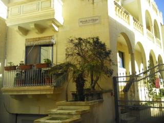 Blue Waters Lodge - Free WI FI - Airport Transfers - Malta vacation rentals
