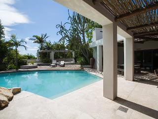 Constantia Oasis - Holiday Home - Constantia vacation rentals