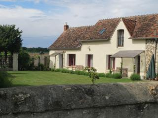 Noix, Les Limornieres, le Grand-Pressigny - Loire Valley self catering cottage - Le Grand-Pressigny vacation rentals