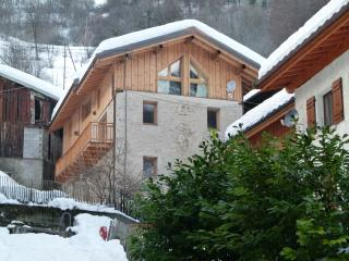 Fantastic Savoyard Farmhouse in 3 valleys ski area - Saint-Martin-de-Belleville vacation rentals